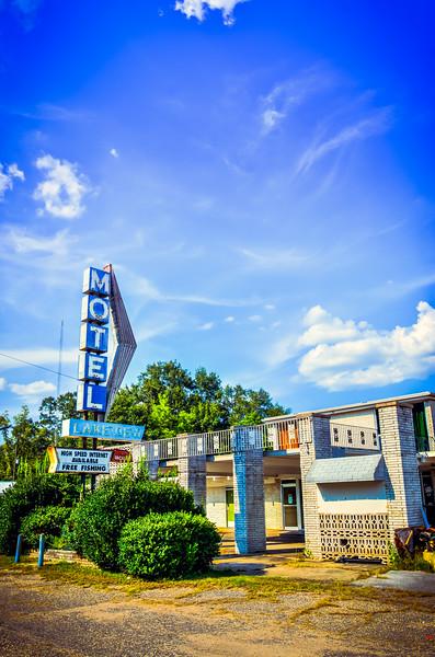 Abandoned Motel - Waynesboro