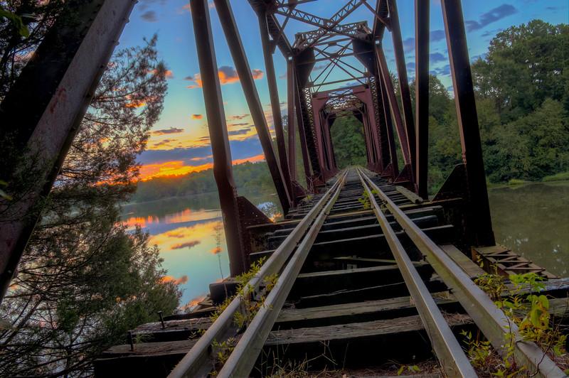 Old Train Trussel