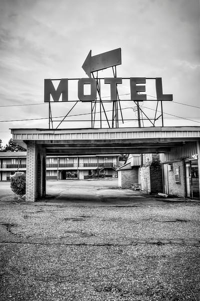 Old Motel - Winona